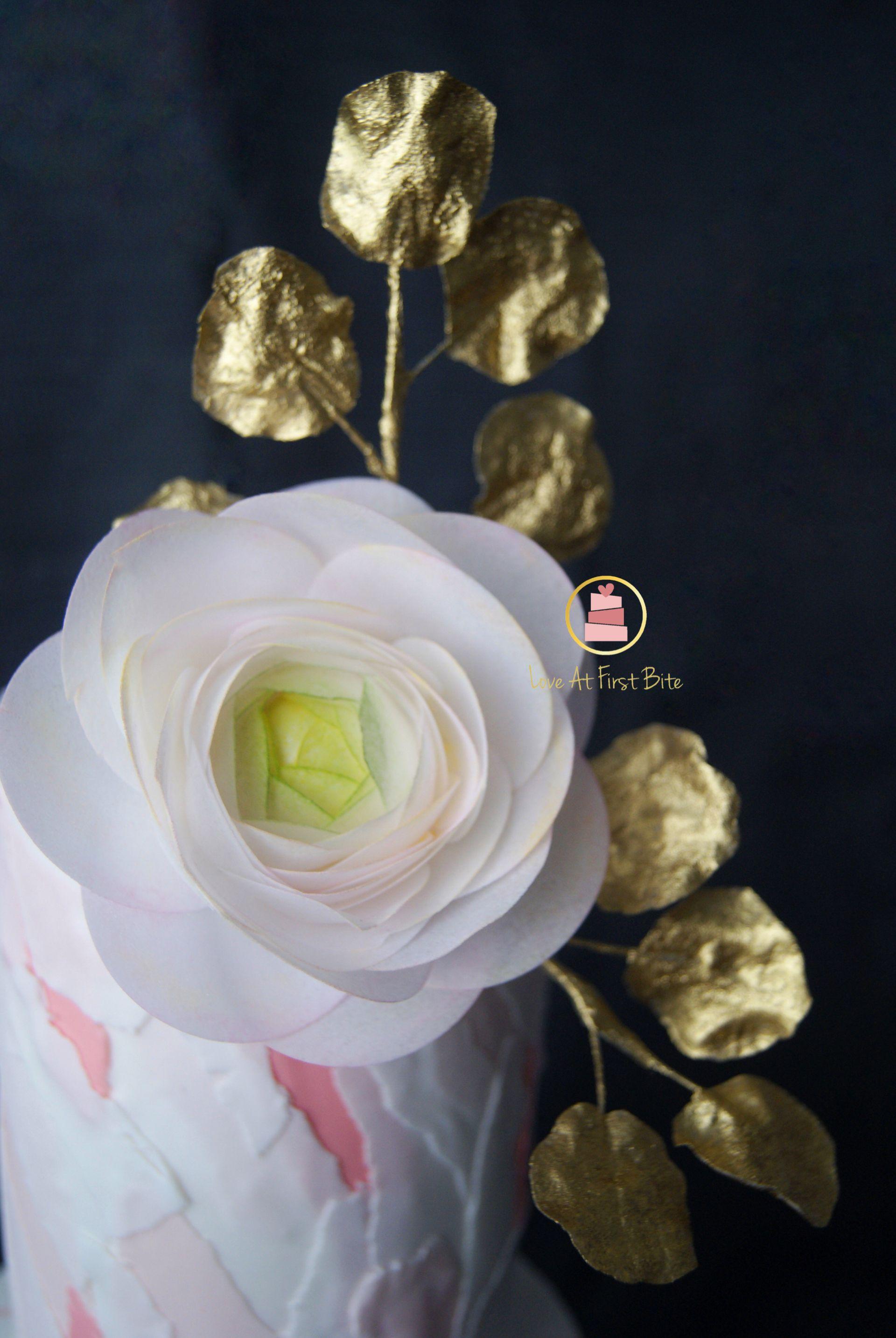 Confecciona la flor ranunculus y hojas con wafer paper en menos de 20min<span></span>