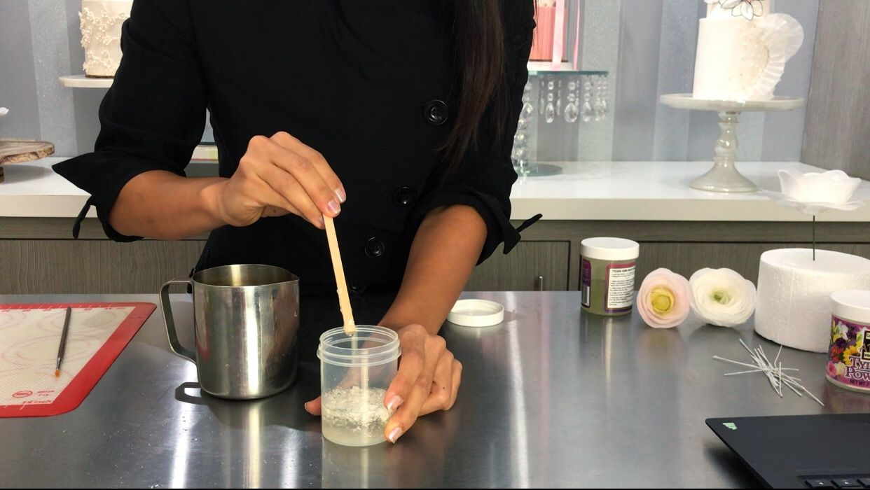 Receta de pegamento comestible para el wafer paper<span></span>